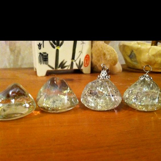 Cracked Marble Pendants - Bake at 325-350 degrees for 20 minutes then put in icy cold water and voila!