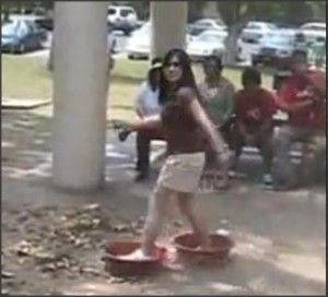holi party games with water tubs