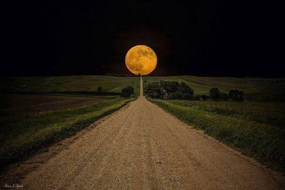 Way to the big moon