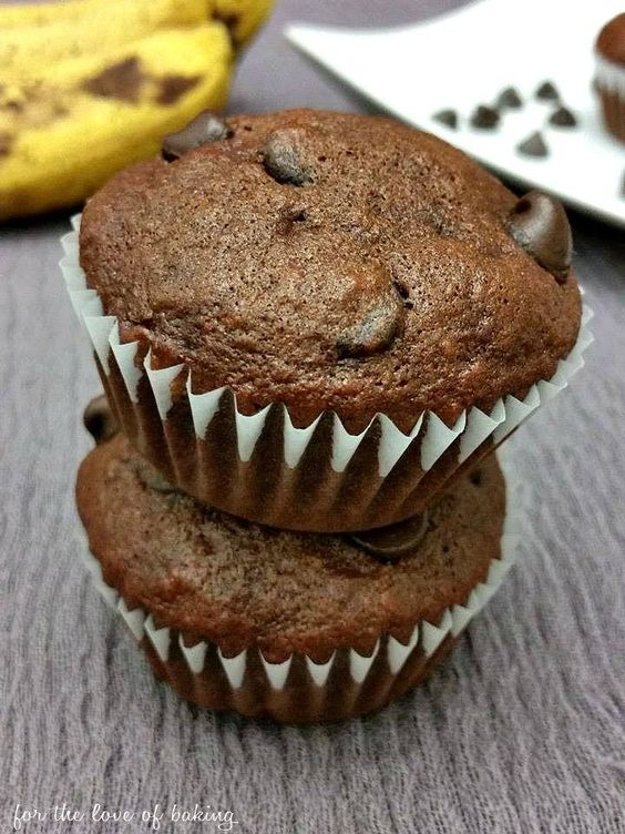 Double Chocolate Banana Muffins - moist delicious and SO easy to make!