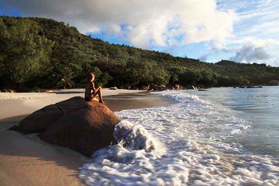 Playa Anse Lazio en Praslin, Islas Seychelles, foto de Ruth Eastham & Max Paoli: