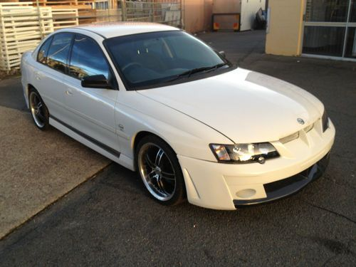 holden commodore vy v6 auto hsv clubsport bodykit ss sv6 same as