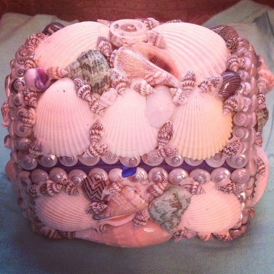 Sea Shell Jewelry box, a good way to use the shells I can't/won't drill through
