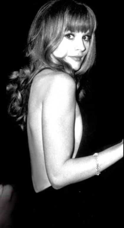 Françoise Dorléac - older sister of Catherine Deneuve who died tragically with 25 in a car accident in 1967.