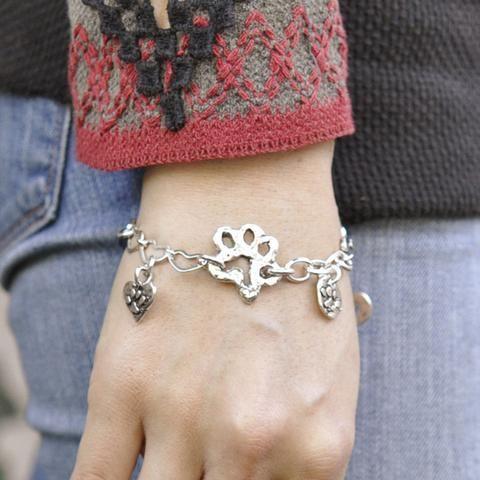 Dogs forever bracelet   #Dog #DogMonth #bracelet #jewelry #cowgirljewelry  http://www.islandcowgirl.com/