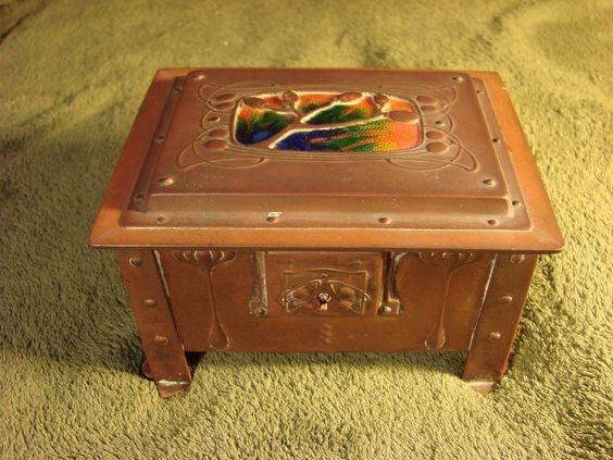 Arts & crafts Nouveau Secessionist Jugendstil Liberty Co Copper Brass Enamel Box