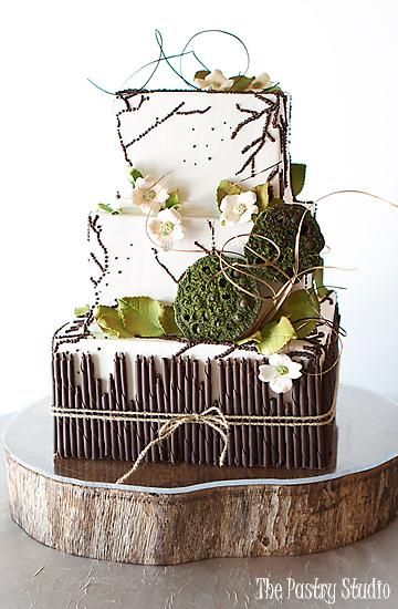 wedding cake with a rustic vibe