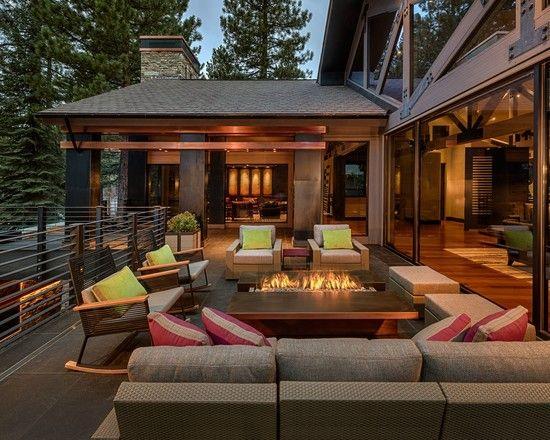 modernes haus terrasse lounge möbel tisch integrierter bio kamin - loungemobel garten modern