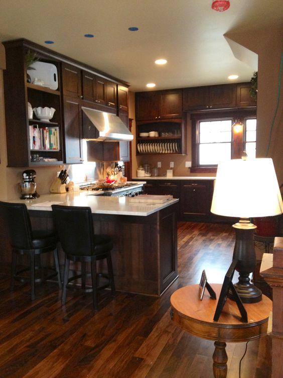 Dynasty/Omega cabinets Wyatt profile F alder chestnut   Home ...