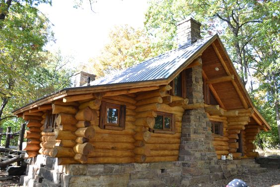 Scandinavian Scribe Style Log Cabin Built By Arkansas Arts