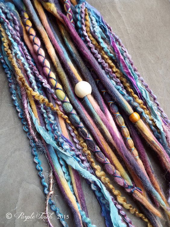 Hey, diesen tollen Etsy-Artikel fand ich bei https://www.etsy.com/de/listing/254914147/10-thunder-tie-dye-wool-synthetic