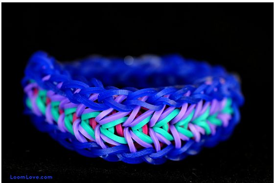 How to: Rainbow Loom Feather Bracelet pattern