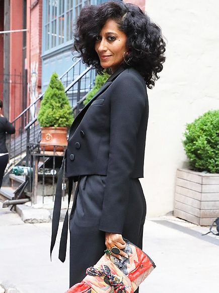 Star Tracks: Wednesday, June 8, 2016 | GREAT HAIR DAY | Black-ish star Tracee Ellis Ross is New York City chic on Tuesday as she strikes a pose on the sidewalk.