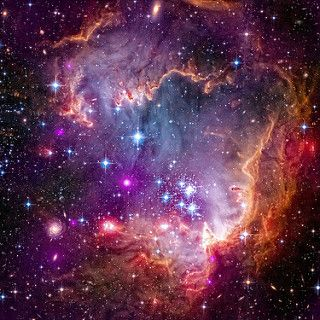 小麥哲倫雲星雲|  由sjrankin