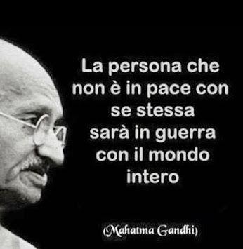 La persona che non è in pace con se stessa ...