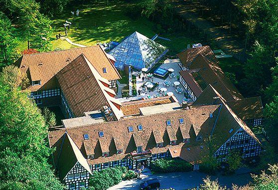 Nice Romantische Location mitten im Wald in Niedersachsen im Dinklager Burgenwald Romantische Hochzeit Wellness Auszeit Heiratsantrag Junggesellen u