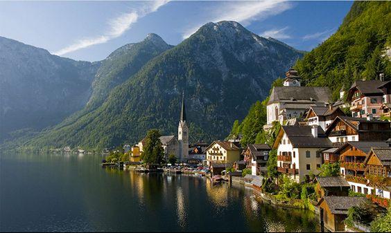 Die schönste Städte der Welt -- Hallstatt, Oberösterreich, ist ein Dorf im Salzkammergut, eine Region in Österreich mit 946 Einwohnern