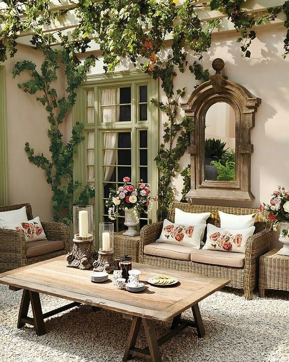 I Heart Shabby Chic - OMG!! - I ABSOLUTELY LOVE THIS OUTDOOR ENTERTAINMENT SPACE!! - BEYOND BEAUTIFUL!!