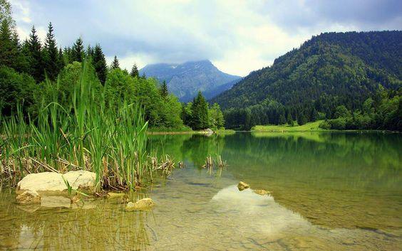 Lac de Vallon  www.mountvacation.com