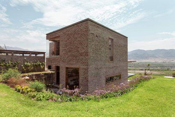 Casa em Azpitia,© Edi Hirose