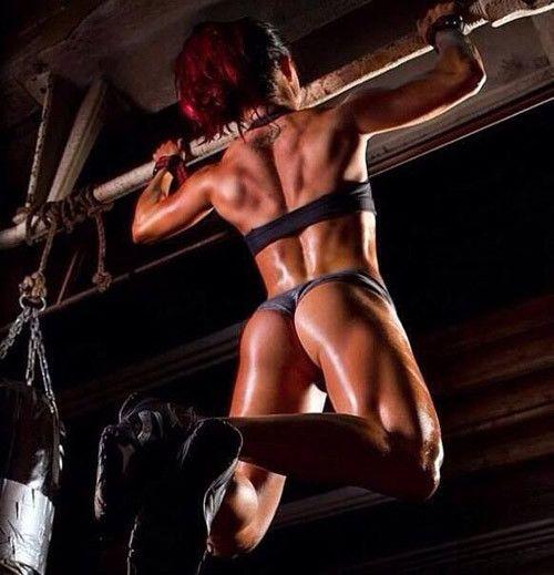 Ladies Gym Redhead 73