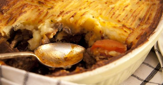Beef and carrot cottage pie