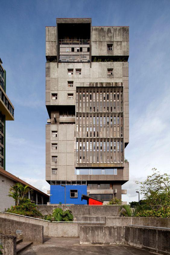 Caja Costarricense de Seguro Social, San Jose, Costa Rica. Architect: Alberto Linner.