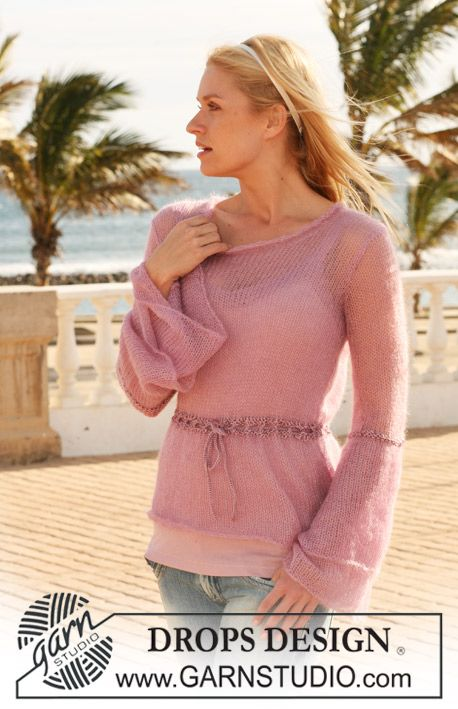 """Loosely knitted DROPS jumper with wide double cuffs in """"Kid-Silk""""and effects in """"Cotton Viscose"""". Size S – XXXL. ~ DROPS Design"""
