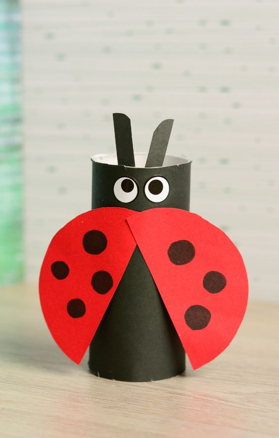 Weve got another lovely ladybug craft to share with you - learn how to make this super easy toilet paper roll ladybug with your kids.