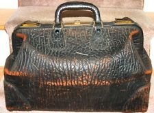 Antique early 1900s walrus skin leather doctors bag with original key & locks