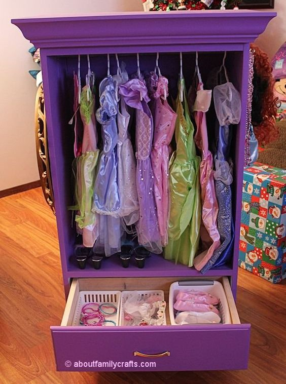 This dress-up armoire is a great DIY project for the little one if they like to look fancy on more than one occasion. Can't wait to see the princess decals and pillows to complement it!