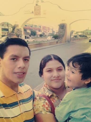 Mi Hermanito,Mi Cuñadita Linda...y mi sobrino hermoso...!! ♥