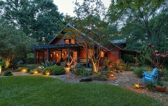 Beautiful 8 acre log cabin in texas my cabin in the for Texas cabins in the woods