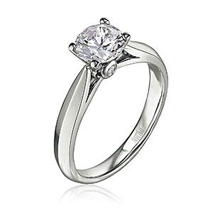 Love this ring. I really like the diamond in the side of the ring.
