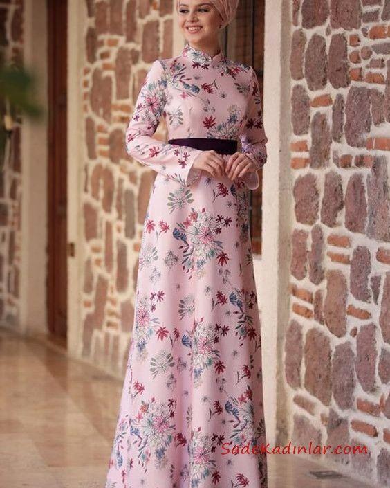2020 Tesettur Elbise Modelleri Pembe Uzun Yarim Balikci Yaka Cicek Desenli Elbise Modelleri Elbise Maksi Elbiseler