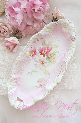 Romantics Nest