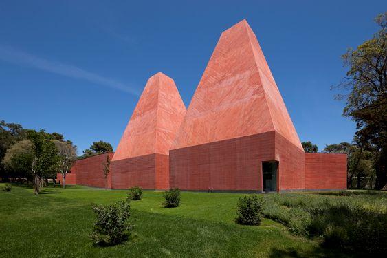 Casa das Histórias e Desenhos Paula Rego (museum), Cascais, Portugal, 2008, by Souto Moura