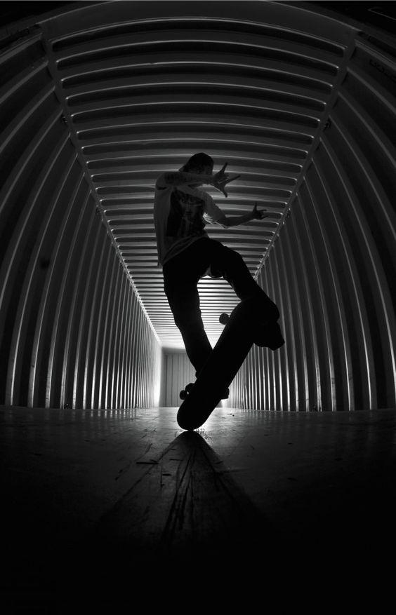 異空間とスケートボード