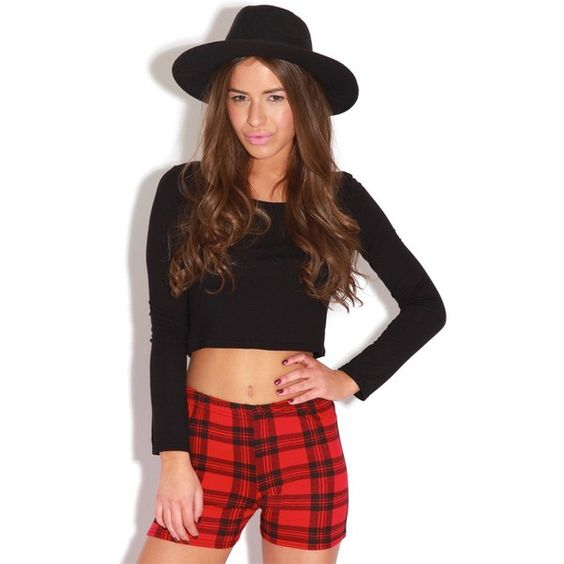 Bellamy Red Tartan Hotpants ($2.64) ❤ liked on Polyvore featuring shorts, red, red leather shorts, red hot pants, studded shorts, red shorts and short shorts: