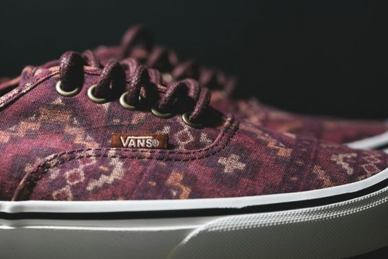 Vans – Authentic Tribal Red Clay
