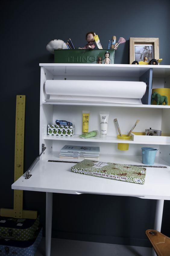 bureau mural enfant rabattable avec porte tableau www. Black Bedroom Furniture Sets. Home Design Ideas
