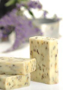 Savon Surgras au lait de chèvre alpine : Beurre de Karité – Lavande   Sereni