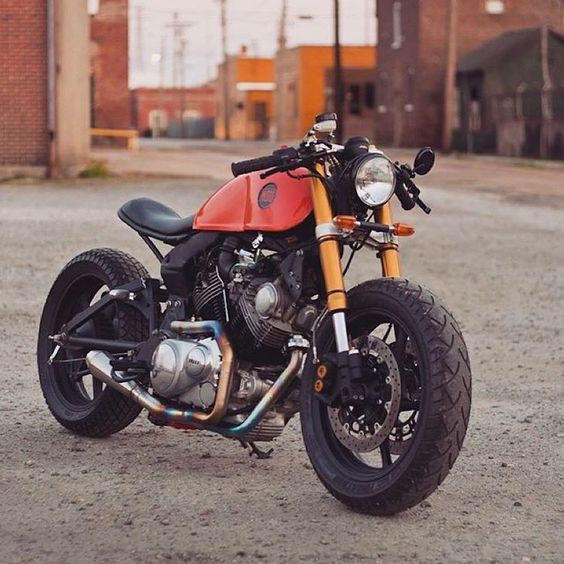 «@caferacergram  by CAFE RACER www.facebook.com/caferacers #caferacergram #caferacer #caferacers XV920 Virago by @classifiedmoto | Photo by @danik_nh…»