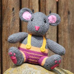 """Carlotta, die Maus, aus dem Strickbuch """"Hund, Katze, Maus"""""""