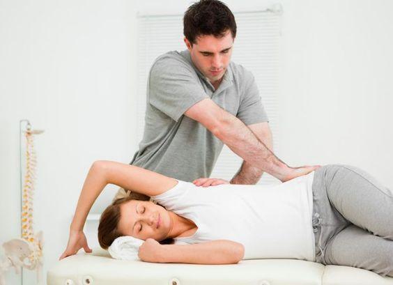Φυσικοθεραπεία: Αποτελεσματική για την αντιμετώπιση της Σπονδυλικής Στένωσης όσο και η Χειρουργική Επέμβαση
