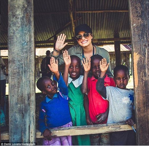 Demi Lovato Stuns In Vibrant Traditional Clothing During Kenya Trip Social Enterprise