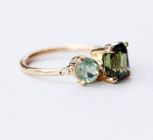 Some kind of lovely.    Alexandrite Cluster Ring