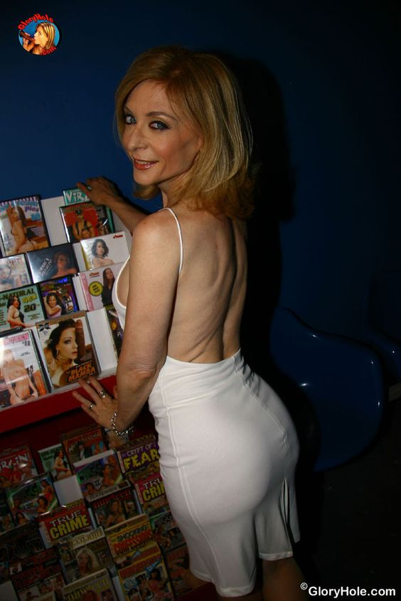 LOVE nina hartley porn would love see