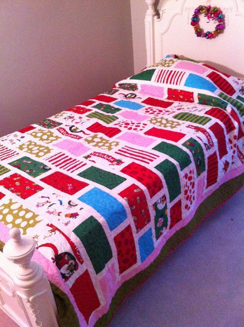 Lorali Lou-Who Quilt w/ Grinch fabric by Kaufman