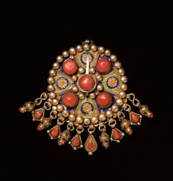 Stunning North African Jewelry and Photography Exhibition at MoAD